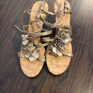 Bandolino Brown Tan Sandals Strap Cork Wedge heel